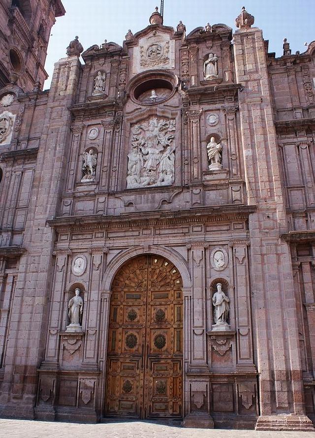 07 Catedral de Morelia 04