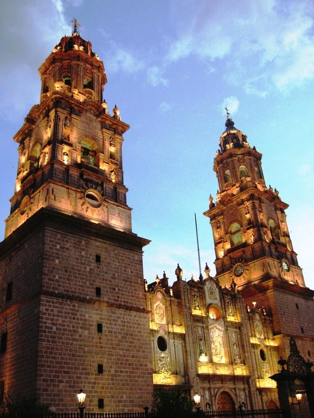 07 Catedral de Morelia 05