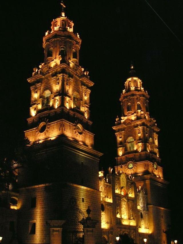 07 Catedral de Morelia (Nocturna) 01