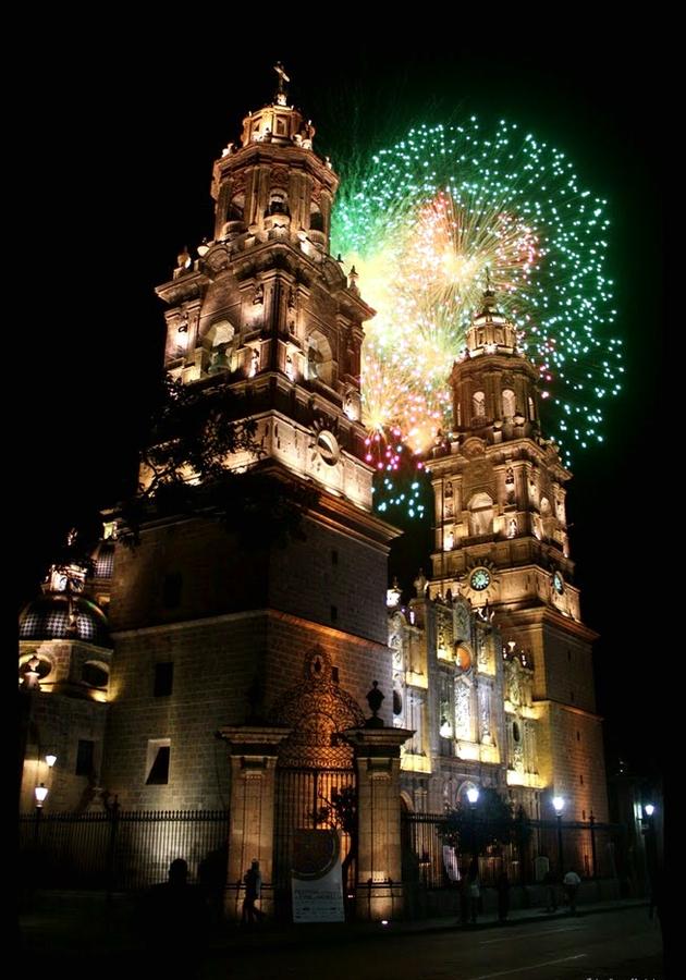 07 Catedral de Morelia (Nocturna) 02