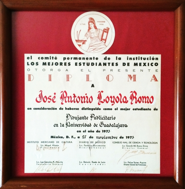 1973 11 27 Recibí Diploma y Medalla, Bellas Artes (04)